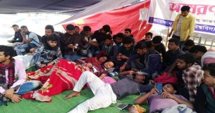 4 DU students fall sick as hunger strike for polls deferment continues